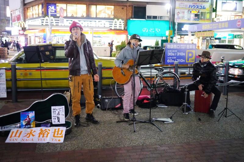2013/11/22 池袋東口にて